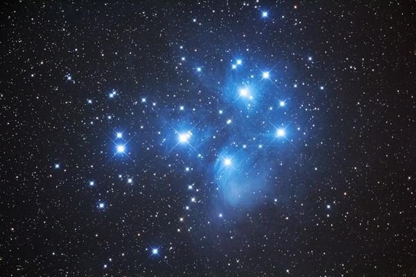 M45_light_iso1600_300sec14cc_0000_3