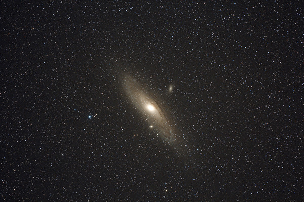 M31light_300sec_iso1600_10cc_000127
