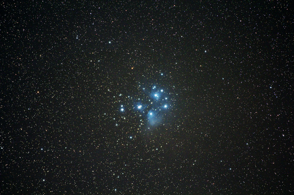 M45light_300sec_iso1600_10cc_000142