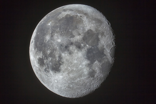 Moonsharp100hpf2ndcameraraw