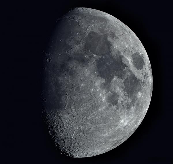 Moonm22